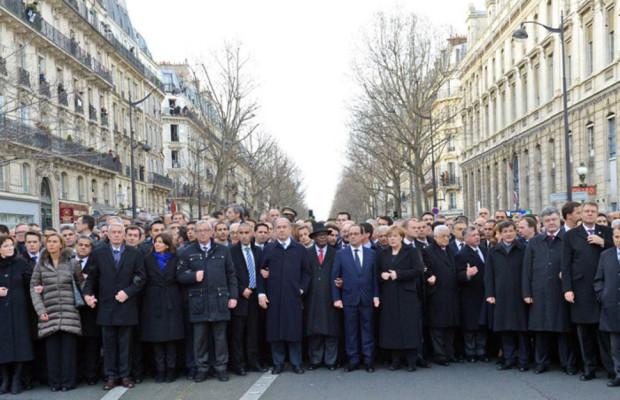 foto-leader-alla-manifestazione-di-Parigi-11-gennaio-2015-620x400